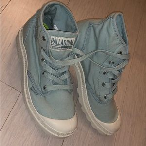 Never Worn Free People Palladium Sneakers